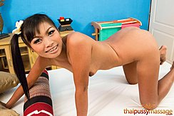 Kanika On All Fours Nude